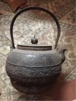 富山市内のお客様から買わせていただいた骨董の鉄瓶について