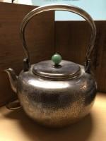 骨董品翡翠摘銀瓶を金沢市のお客様から買取させていただきました。