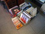 12 レコードが入荷いたしました